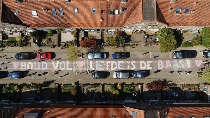 #NLBlijftThuis acties in Nederland