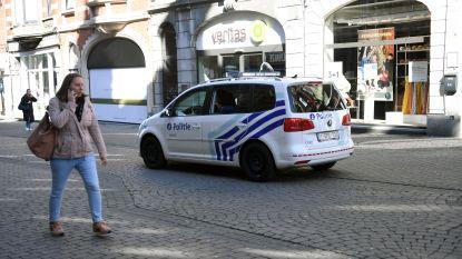 Politie stelt pv op voor café dat volk ontvangt en jongeren die feestje houden