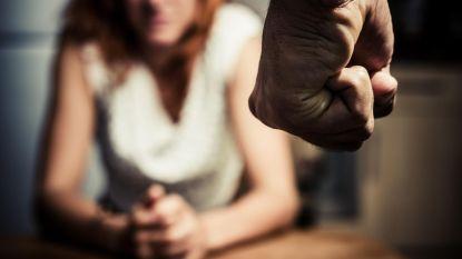 Man (48) krijgt 37 maanden cel met probatie-uitstel voor zware slagen, bedreiging en belaging van ex-partner