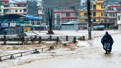 Al meer dan 100 doden door noodweer in Nepal