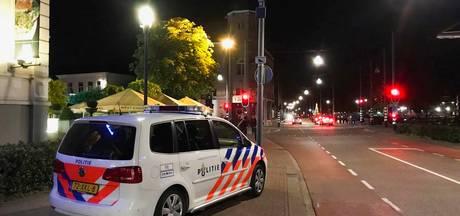 Man (24) op straat in Helmond geslagen en bedreigd met een vuurwapen