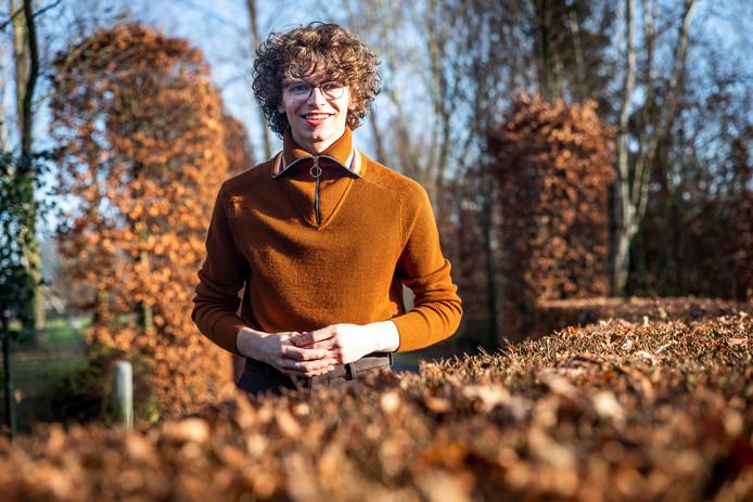 Teun Toebes uit Best won prijs na prijs dit jaar, maar studeert stug door.