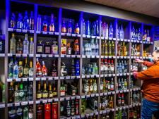 Nachtwinkels vrezen voortbestaan: 'Alcoholverbod kost tot 70 procent van mijn omzet'