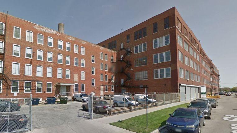 Het pakhuis in Chicago waar de politie arrestanten geregeld dagenlang vasthoudt zonder toegang tot een advocaat. Beeld Google Streetview