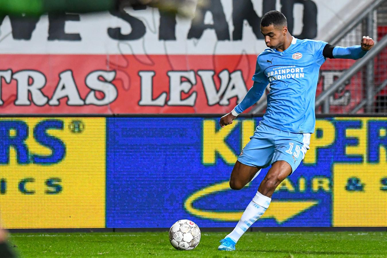 Cody Gakpo tijdens het duel met FC Twente.