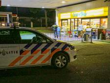 Jongeren negeren coronaregels bij tankstation in Helmond, medewerkster lastiggevallen