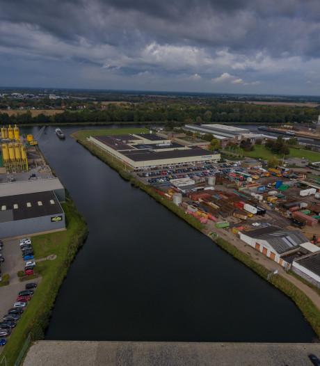 'Fittie' in Almelo: 2 bedrijven willen haven dempen, 1 ander bedrijf niet