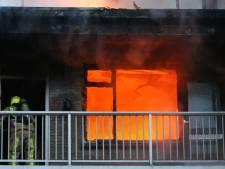 48-jarige bewoonster nog vast na uitslaande brand Walenburg: 'Ze heeft geprobeerd haar kinderen ook in brand te steken'