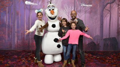 IN BEELD. Staf Coppens viert vijfde huwelijksverjaardag met gezin in Disneyland Paris