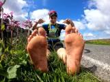 Elle parcourt 4.216 kilomètres pieds nus à travers le Royaume-Uni