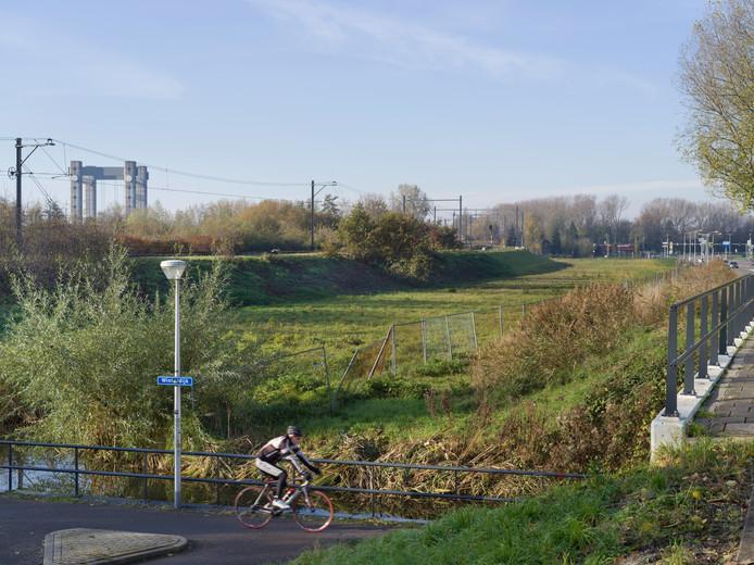 Locatie A1 Oost is onderdeel van de Goudse Spoorzone, de strook van twee kilometer lang en de verbindende schakel tussen het stationsgebied en het historische centrum van Gouda