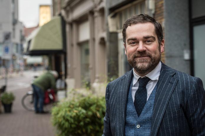 Klaas Dijkhoff in de Boschstraat: 'Het voelt fijn in Breda'