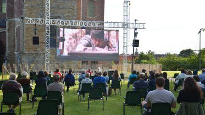 Cinema Norbert speelt 'Torpedo' in openlucht aan Abdijkerk