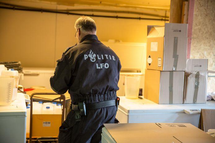 Groot drugslab gevonden in Sint Willebrord.