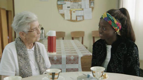 Maria (93) redde Imana Truyers uit een weeshuis.
