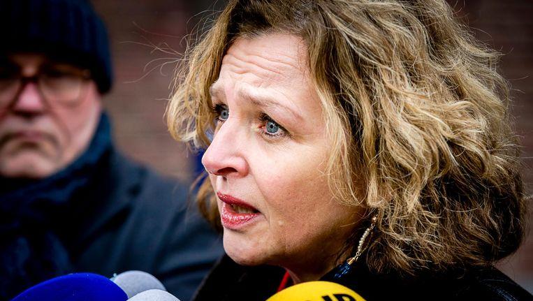 Minister Edith Schippers (Volksgezondheid, Welzijn en Sport) bij aankomst op het Binnenhof voor de wekelijkse ministerraad. Beeld anp