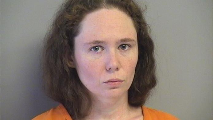 Jerrica Lackey krijgt 25 jaar cel voor het misbruiken en filmen van haar 16 maanden oude dochter.