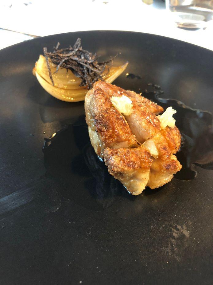 Ris de veau, chartreuse verte et oignon de Roscoff.