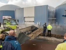 Externe aannemers nog dagen bezig met opruimen drijfmest bij biocentrale Harderwijk