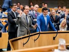 Teruglezen: Rutte ploegt zich door spervuur van oppositie heen