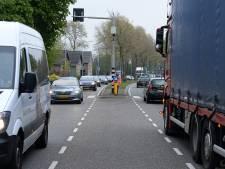 Sint Hubert klimt massaal in de pen om te pleiten voor  vrachtwagenheffing op N264