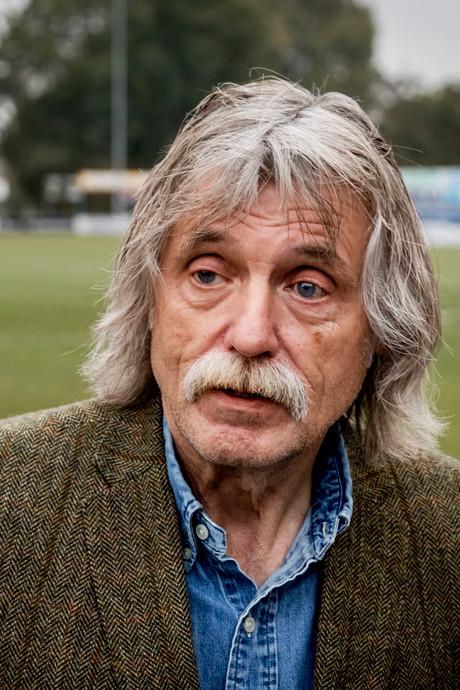 Johan Derksen fileert eigen werkgever RTL: Het is gewoon slecht