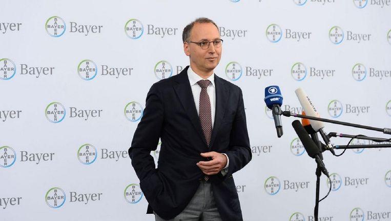 Bayer CEO Werner Baumann vandaag tijdens een persconferentie over het overnameplan.