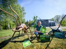 Grote griezels niet op vliegveld Enschede, maar in tuin van Denekamps museum