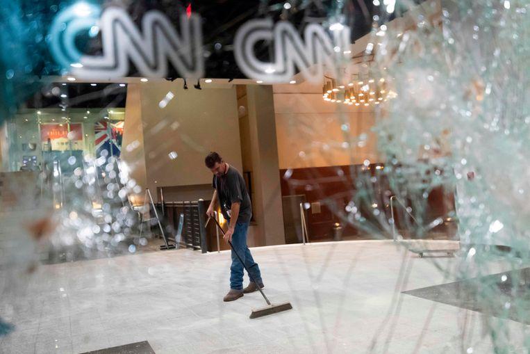 Flinke schade bij het hoofdkantoor van CNN in Atlanta. Beeld AFP