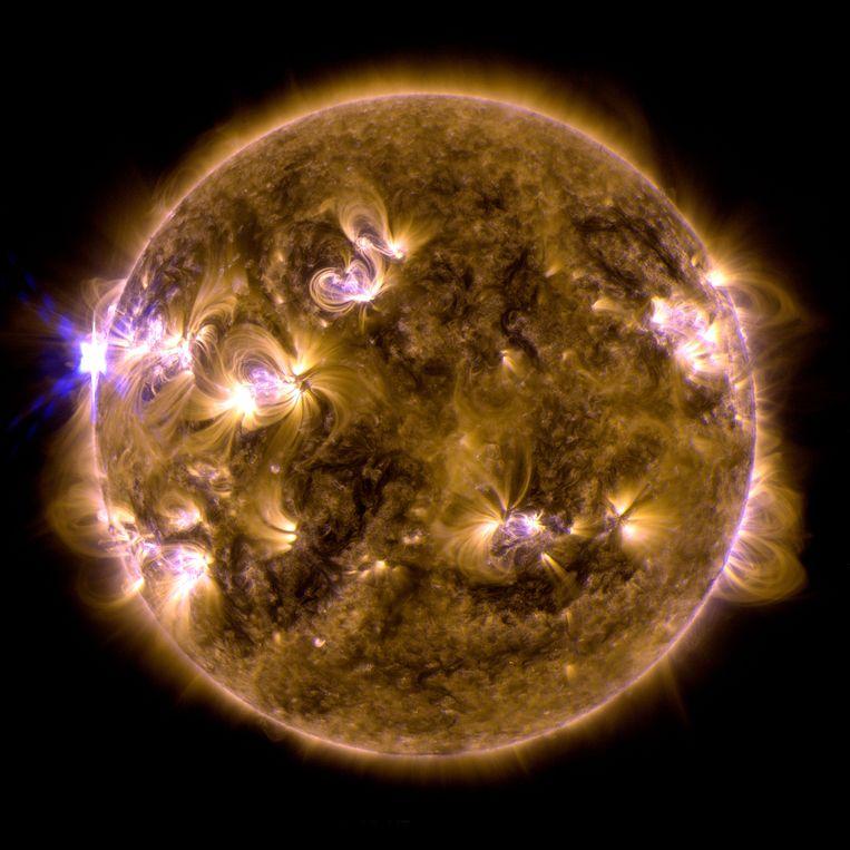 Een zonne-uitbarsting in mei 2013. Beeld AP