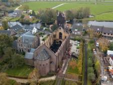 Pastorie kerk Hoogmade weer in gebruik: 'alsof er geen brand gewoed heeft'