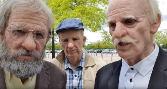 Puberende bejaarden in de Efteling