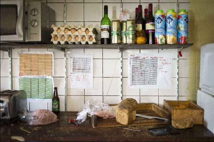 Keuken in een studentenhuis.