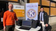Kiwanis Diksmuide Yzer verdeelt 55 laptops over 8 scholen in de buurt