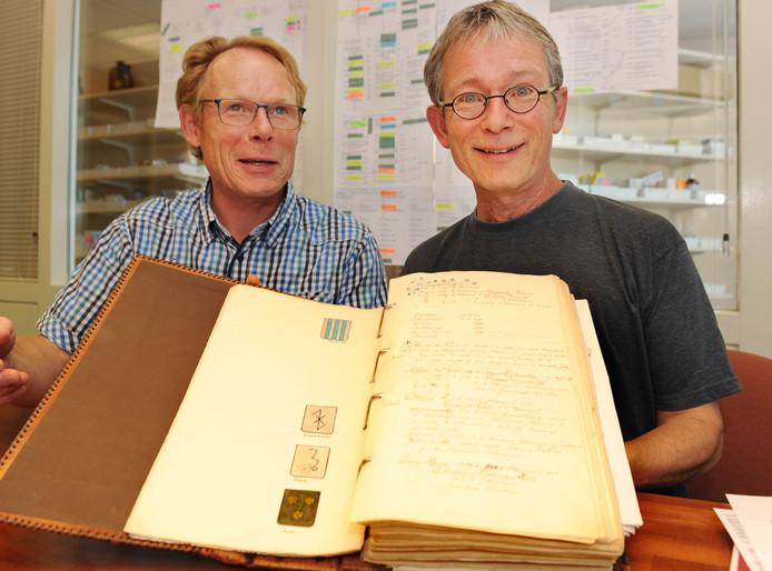 Pieter Nieuwenhuis (links) met zijn broer op een foto uit 2012
