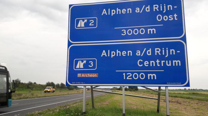 De verwijzing naar het archeologisch themapark Archeon gaat verdwijnen van het blauwe verkeersbord.