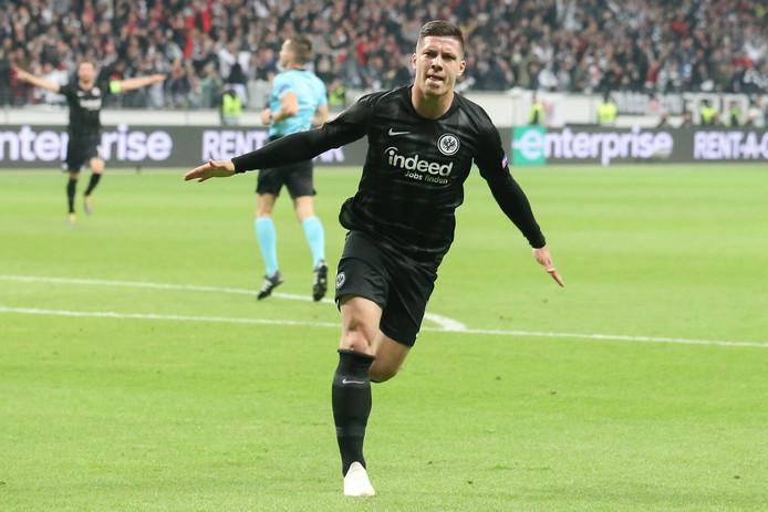 Luka Jovic viert zijn goal tegen Chelsea afgelopen donderdag.