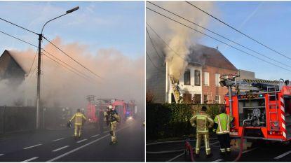 VIDEO: Loft en appartement vernield bij hevige brand in Ingelmunster