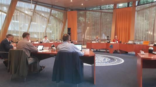 De gemeenteraad van Reusel-De Mierden in vergadering bijeen.