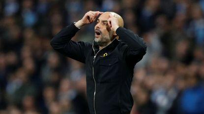 Furieuze Pep Guardiola bij rust naar tribune verwezen