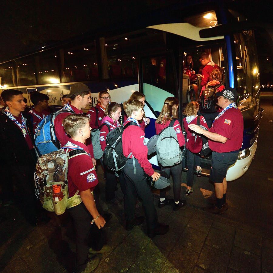 Scouts vertrekken naar de Wereld Jamboree