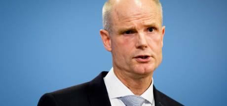 Minister Blok: MH17 op internationale agenda houden
