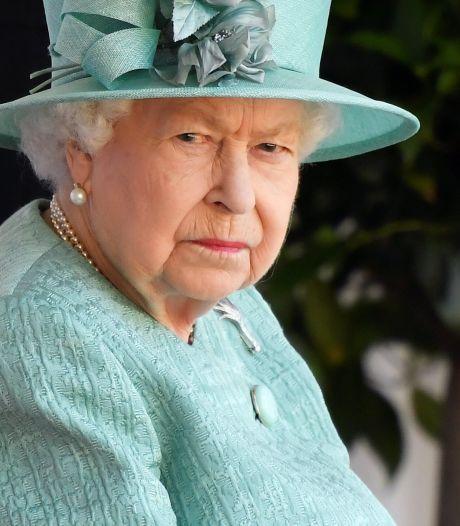 """La Reine Elizabeth """"cruelle et sans pitié"""": """"Pour Harry et Meghan, c'est comme la prison à perpétuité"""""""