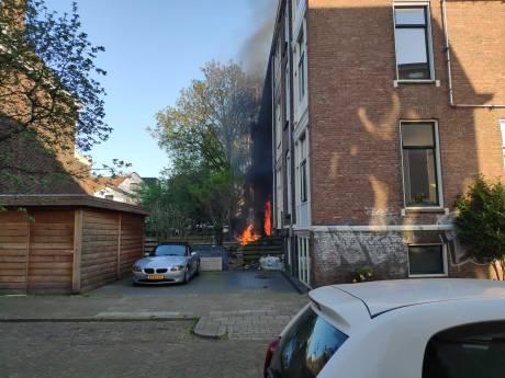 Felle uitslaande brand bij studentenhuis in Zwolle: 'Ik zag ineens vlammen bij mijn raam'