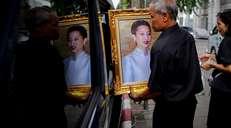 fotoreeks over Thailand: óveral portretten van de koninklijke familie