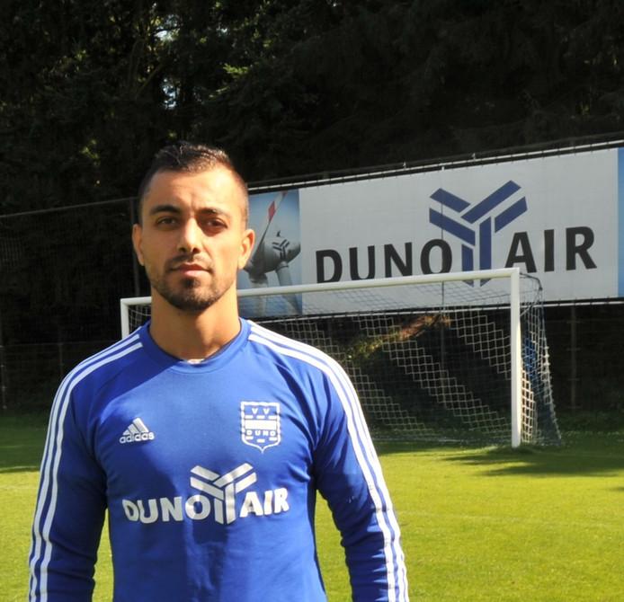 Duno-speler Shapoul Ali scoorde vanmiddag twee keer in het bekerduel tegen Terschuurse Boys.