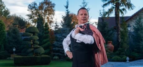 Deze danser is de bedenker van de Vogeltjesdans en hij komt uit St. Willebrord