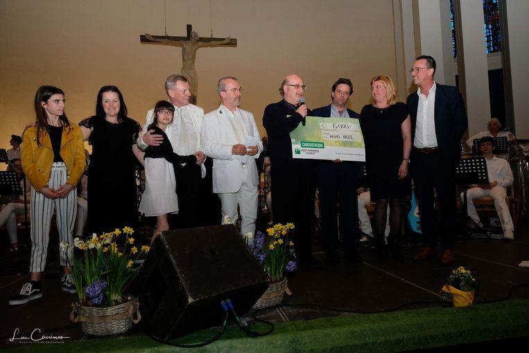 Het gezin Carpentier gaf vorig jaar een mooie cheque van 6.000 euro aan de mugheli.