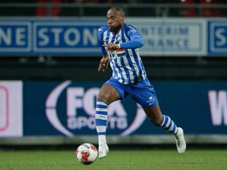 FC Eindhoven-aanvaller verwacht dat racisme niet snel verdwijnt: 'Natuurlijk raakt het je'