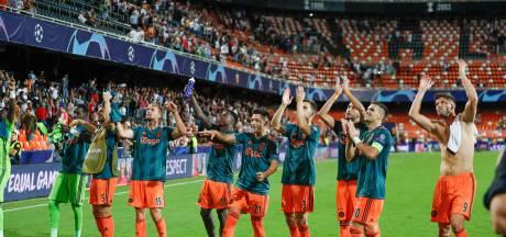 Ajax moet door straf UEFA zonder fans naar Chelsea in CL